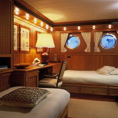 Bleu De Nimes Yacht Twin Cabin