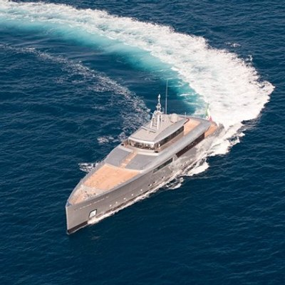 Exuma Yacht Turning