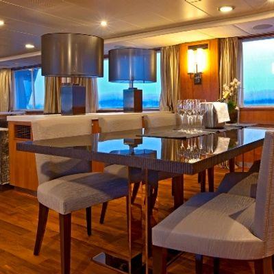 Callista Yacht Dining