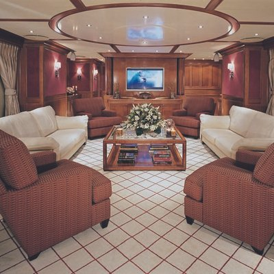 Lou Spirit Yacht Skylounge