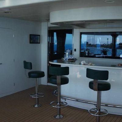 Forty Love Yacht Bar
