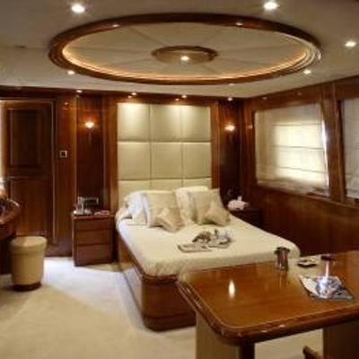 Corvus Yacht Master Stateroom