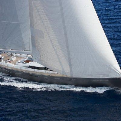 A Sulana Yacht Running Shot