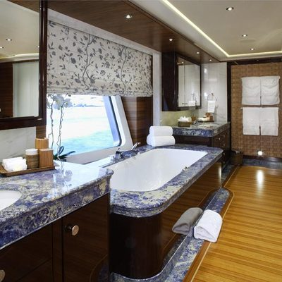 Baton Rouge Yacht Master Bathroom