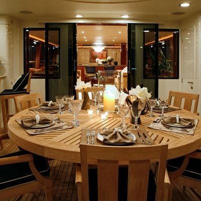 Endless Summer Yacht Dining Detail