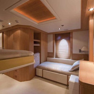Deja Too Yacht Single Stateroom with Pullman