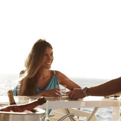 E & E Yacht Drinks on Deck