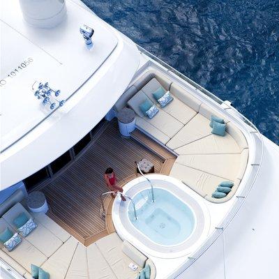 Lady Britt Yacht Jacuzzi - Overhead