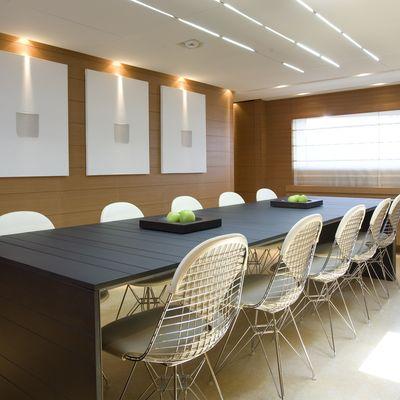 Seakid Yacht Dining Salon