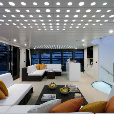 Ocean Pearl Yacht Salon