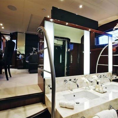 Whispering Angel Yacht Master Bathroom