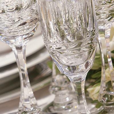 Elegant 007 Yacht Detail - Glasses