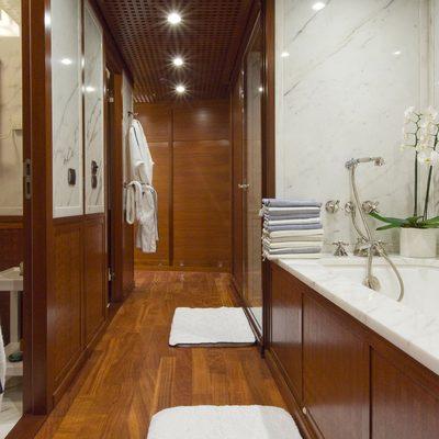 Diamond Yacht Master Bathroom