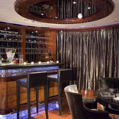 Talisman Maiton Yacht Bar Area