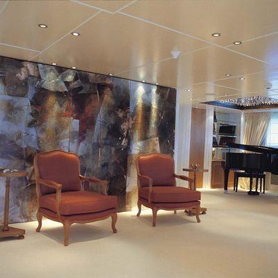Elegant 007 Yacht Main Salon - Seating & Piano