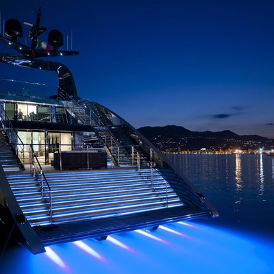 Ocean Emerald Yacht Underwater Lights
