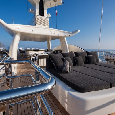 Elixir Yacht