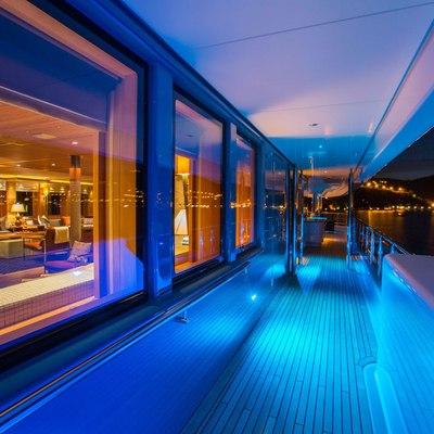 Naia Yacht