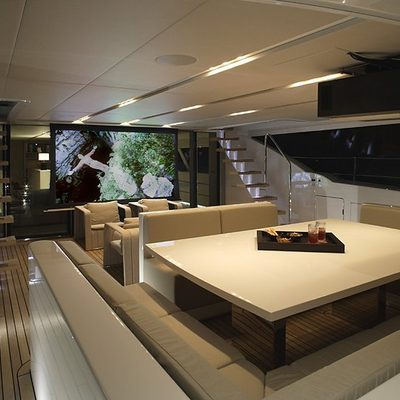 Red Dragon Yacht External Cinema