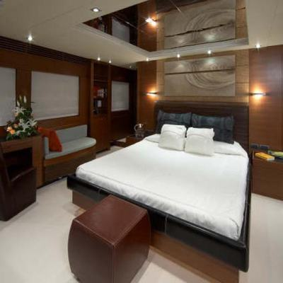 Matsu Yacht Master Stateroom