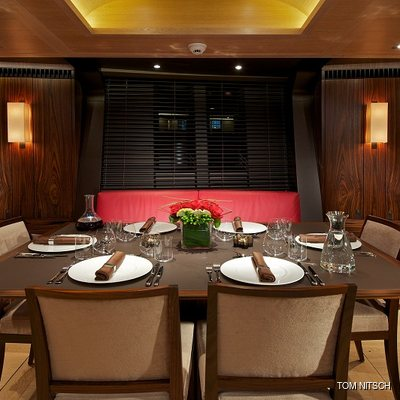 Sharlou Yacht Formal Dining