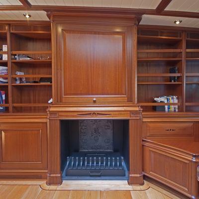 Athos Yacht Salon - Fireplace