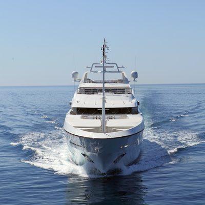 Seanna Yacht Running Shot - Front View