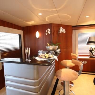 Daydream Yacht Bar Main Salon