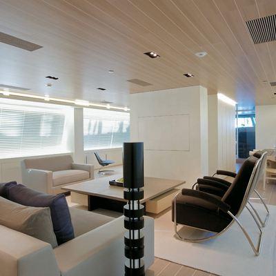 Baracuda Valletta Yacht Salon - Corner View