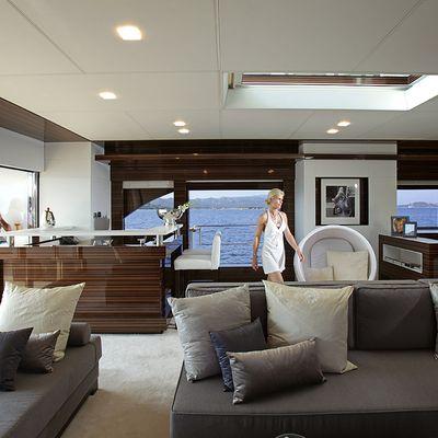 Gems II Yacht Salon & Bar