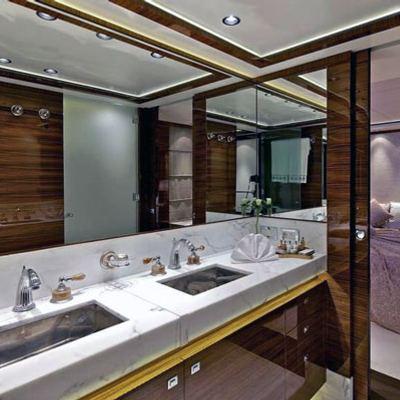 O'Pati Yacht Master Bathroom