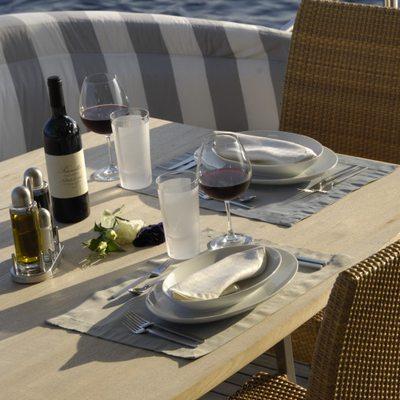 Phoenix Yacht Table - Detail