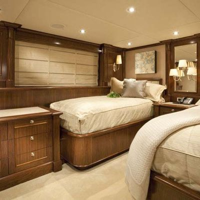 Wheels Yacht Twin Stateroom