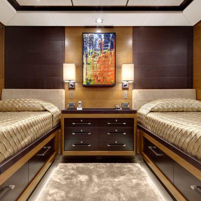 Kokomo Yacht Twin Stateroom