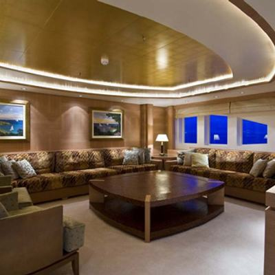 O'Neiro Yacht Upper Lounge