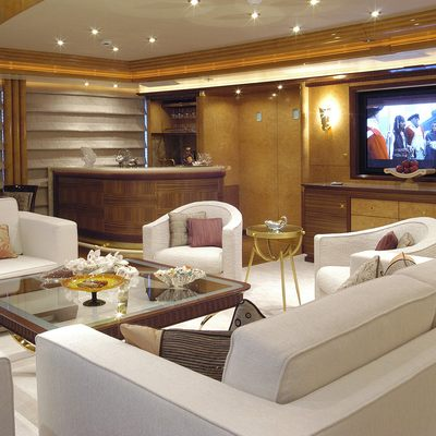Sea Walk Yacht Main Saloon - Screen