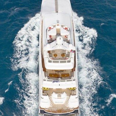 Envy Yacht Running Shot