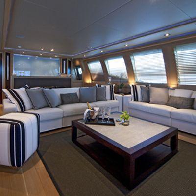 Escape II Yacht Salon