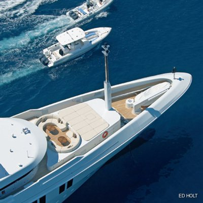 Mimi Yacht Bow - Tenders