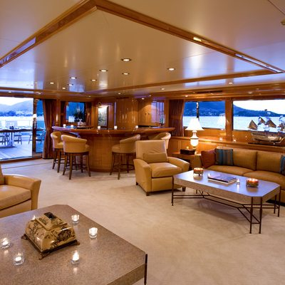 Te Manu Yacht Main Salon