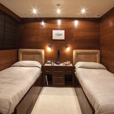 Fiorente Yacht Twin Stateroom
