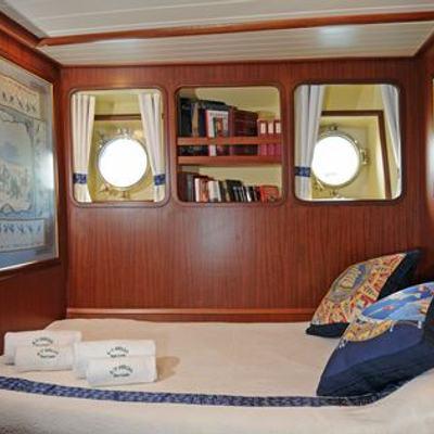 Ofelia Yacht Double Stateroom - St Petersburg