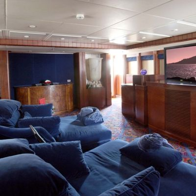 Nomad Yacht Private Cinema