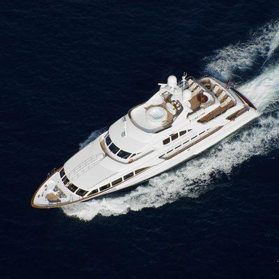 Aura Yacht Running Shot - Overhead