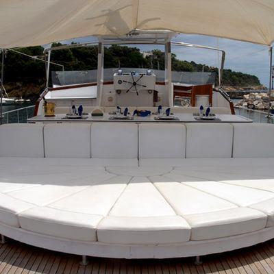Nafisa Yacht
