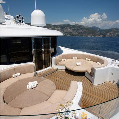 Capri I Yacht Circular seating