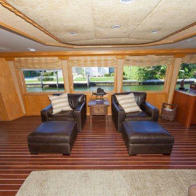 Island Vibes Yacht