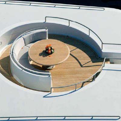 Mariu Yacht Circular Seating