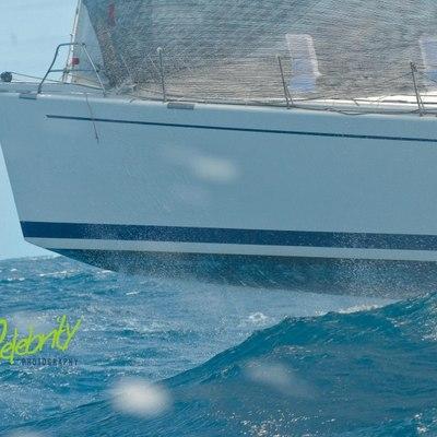 Idea of London Yacht