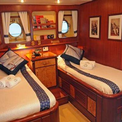 Ofelia Yacht Twin Stateroom - Pondicherry